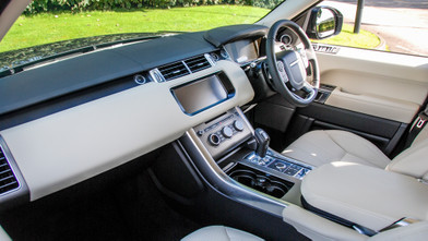 Range Rover Sport HSE Automatic SDV6 Front Interior