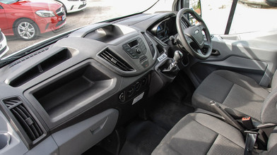 Ford Transit Double Cab One-Stop-Shop 7 Seat Tipper Interior