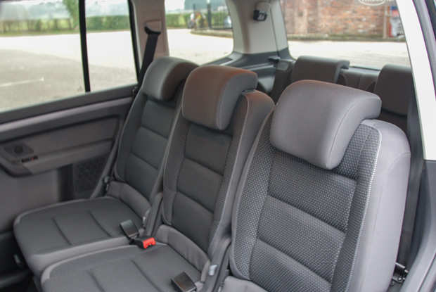 VW Touran Urano Anthracite Interior